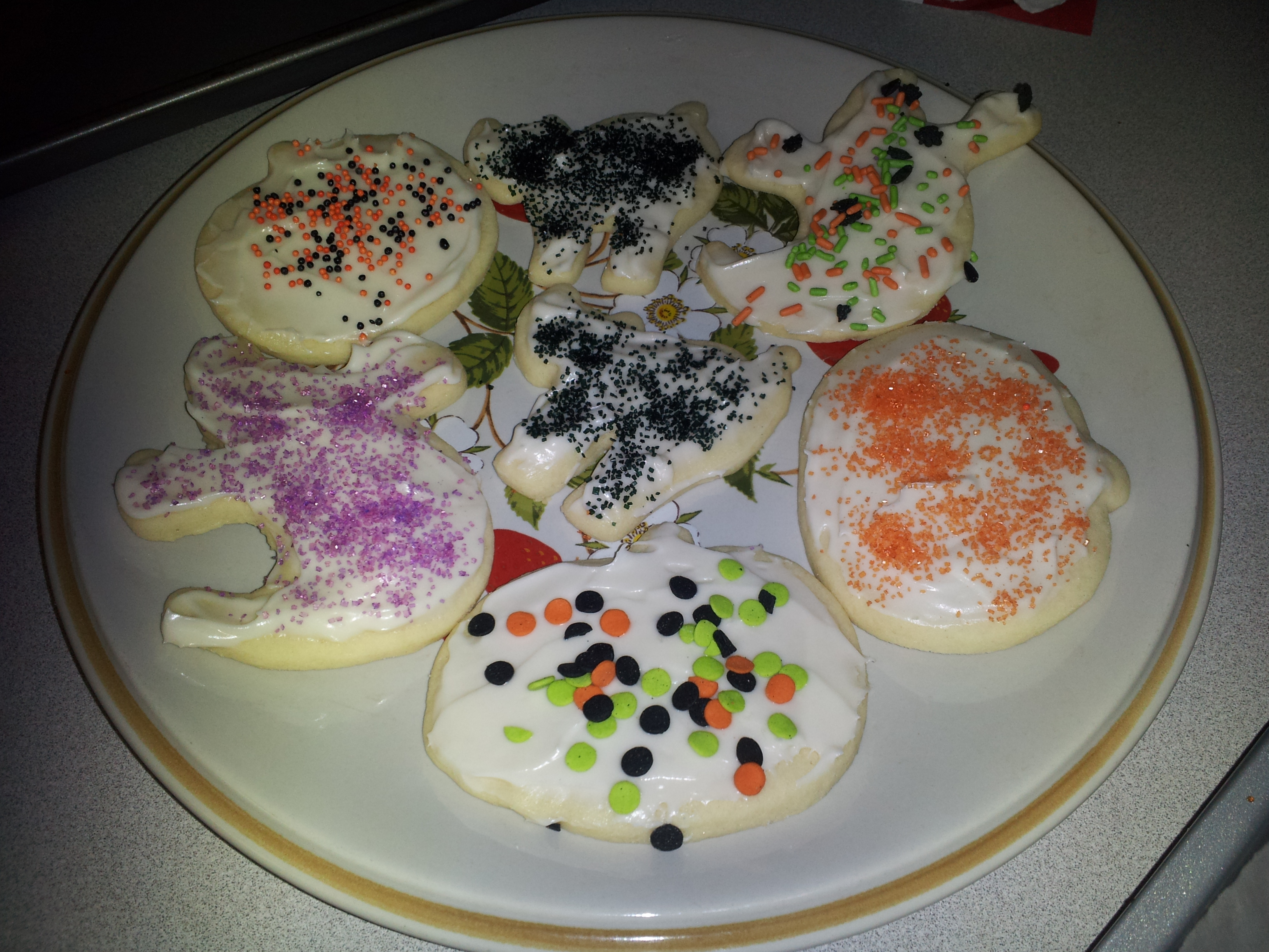 Halloween Ghost Sugar Cookies With Cream Cheese Frosting Recipes ...