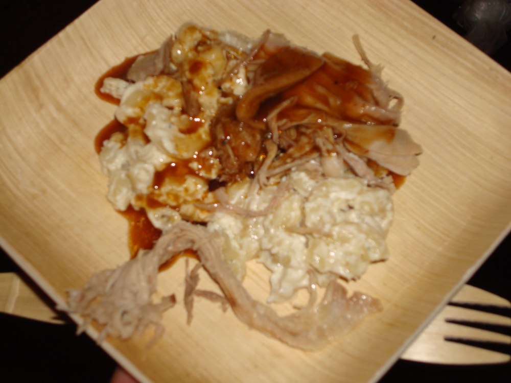 Ommegang Abbey Smoked Pull Pork & The Thinkers Mac