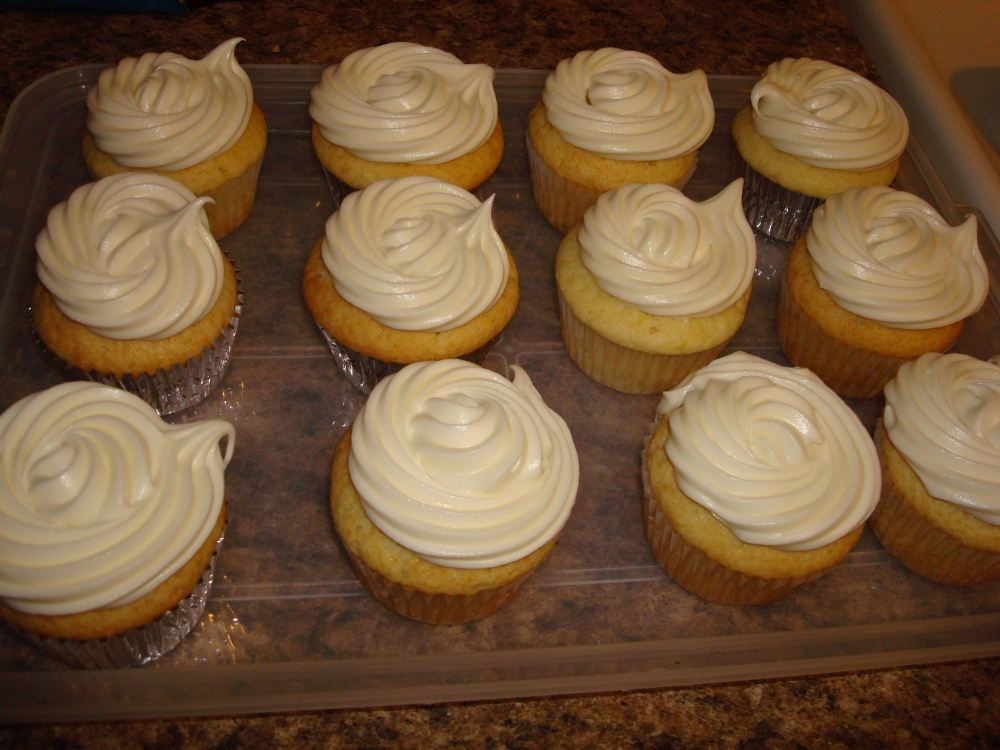 Lemon Cupcakes with Vanilla Buttercream Frosting!
